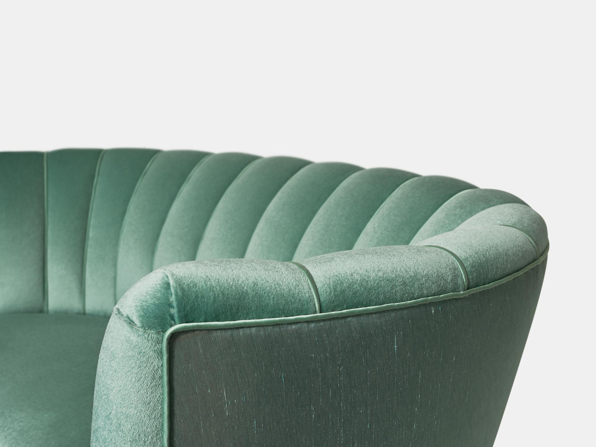 sofa by unique factory manufaktur f r inneneinrichtung und interior und wohndesign berlin. Black Bedroom Furniture Sets. Home Design Ideas